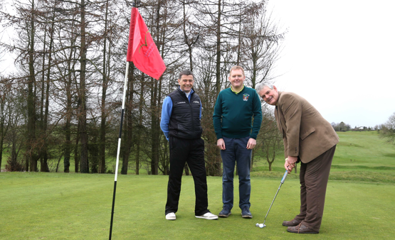 Top PGA Pro Visits Castlereagh Hills